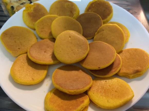 今回は、娘も大好きなふわふわかぼちゃパンケーキのレシピをご紹介します!